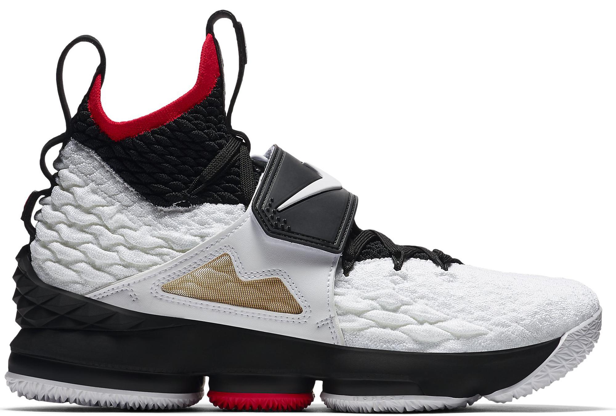 Nike LeBron 15 Diamond Turf
