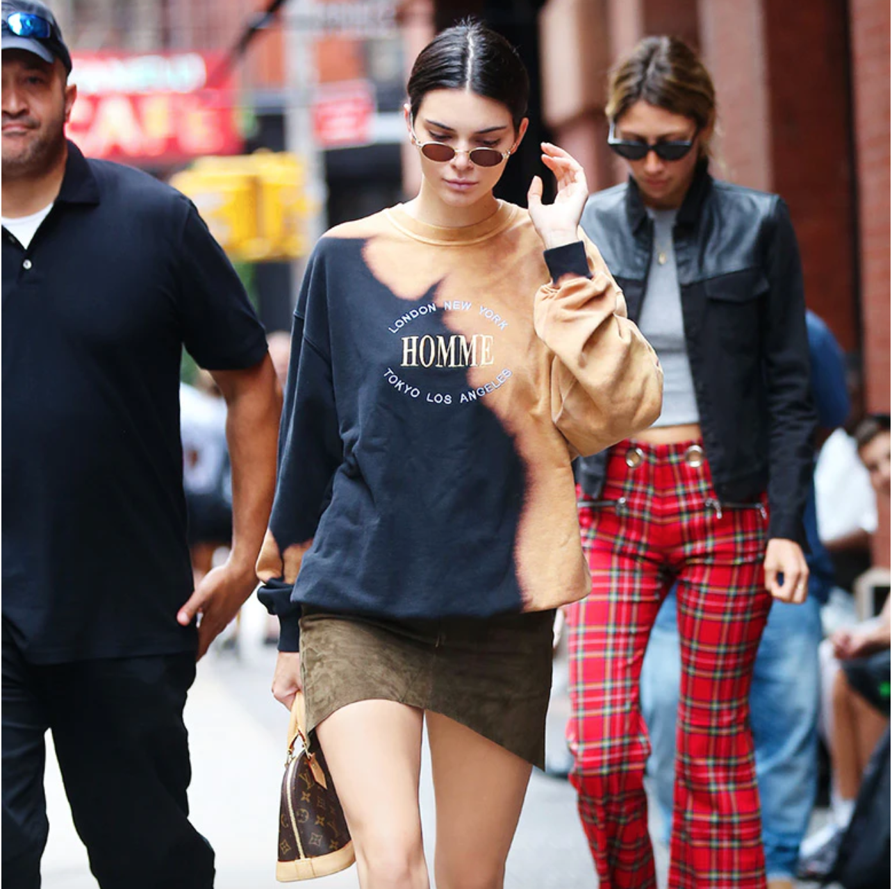 The Top 5 Ways Kendall Jenner Styles Her Louis Vuitton Alma Bb Stockx News
